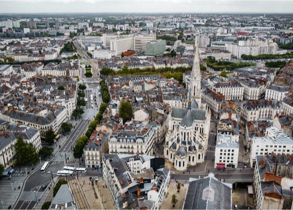Investir et vivre à Nantes